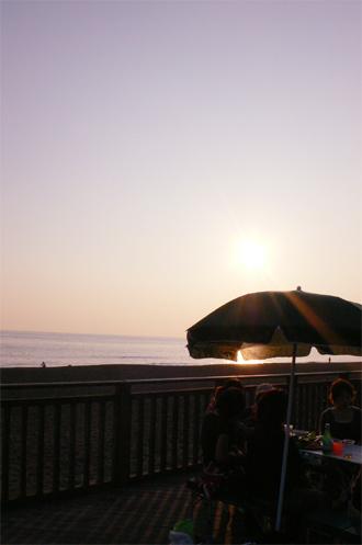 海辺のバーベキュー