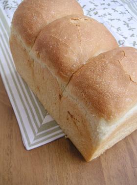ふんわり山形パン